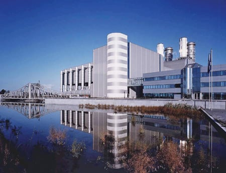air-cooled condenser was used at the gas-fired 460-MW Bruges Power Plant in Belgium