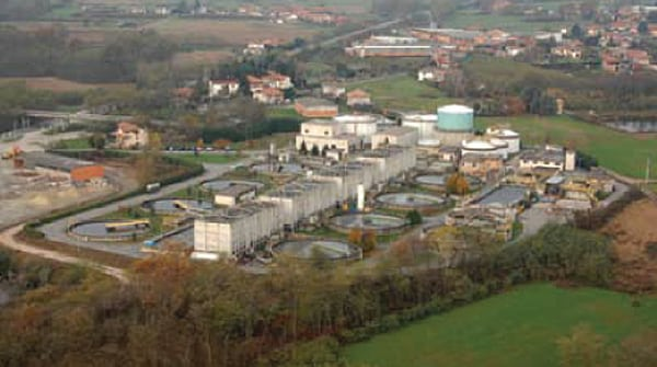 The Cossato Spolina wastewater treatment plant had flared the biogas produced by its digesters until a microturbine was installed that could use that fuel to produce electricity and thermal energy.