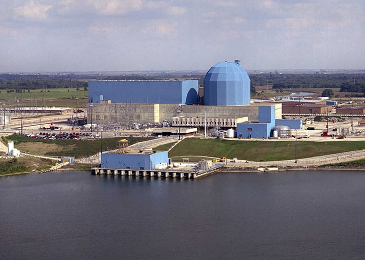 The 1,069-MW Clinton station, located in DeWitt County, Ill., began commercial operations Sept. 15, 1987. On June 2, 2016, Exelon announced that it would retire the unit on June 1, 2017, due to economic reasons. Courtesy: Exelon Nuclear