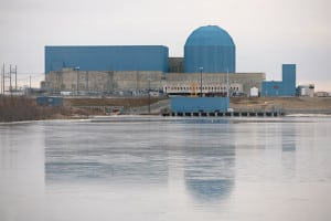 1.Losing proposition. Exelon's Clinton Nuclear Generating Station, shown here, and its Quad Cities nuclear plant have lost a combined $800 million over the past seven years. Courtesy: Wikipedia/By Daniel Schwen