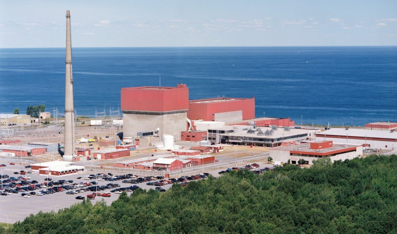 "<strong>4.      NYISO. </strong><br> <br>On August 1, New York's financially struggling upstate nuclear power plants—Exelon's 610-MW Ginna and 1,761-MW Nine Mile plants, and Entergy's 838-MW FitzPatrick plant (which Exelon agreed to acquire for just $110 million)—received a much-needed lifeline with passage of the New York State Public Service Commission's Clean Energy Standard. The Clean Energy Standard requires all six New York investor-owned utilities and other energy suppliers to pay for the intrinsic value of carbon-free emissions from nuclear power plants by purchasing ""Zero-Emission Credits."" The plants will begin receiving subsidies in 2017.  <br> <br> Pictured: Entergy's James A. FitzPatrick Nuclear Power Plant, a single-unit facility located in Scriba, N.Y., that the company planned to shut down by January 2017 for economic reasons, but which Exelon will buy and likely keep open. <em>Courtesy: Exelon </em>"