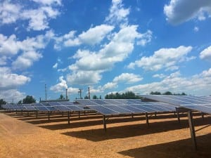 This 10-MW solar farm at the E.W. Brown Generating Station in Kentucky is helping replace some of the coal-fired generation that is being retired at the plant. Courtesy: LG&E-KU