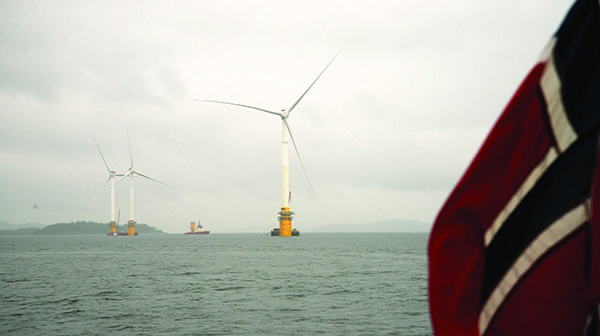 Fig 2_Hywind Scotland floating wind turbines