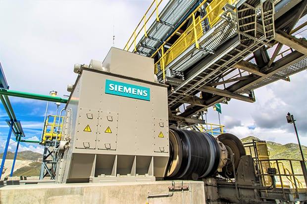 Siemens-gearless-drive-overland-conveyor
