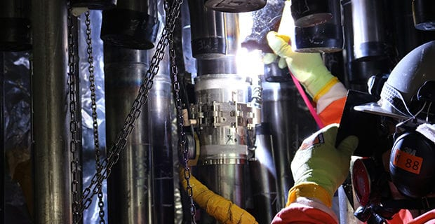 Darlington-nuclear-power-plant-feeder-tube-OPG