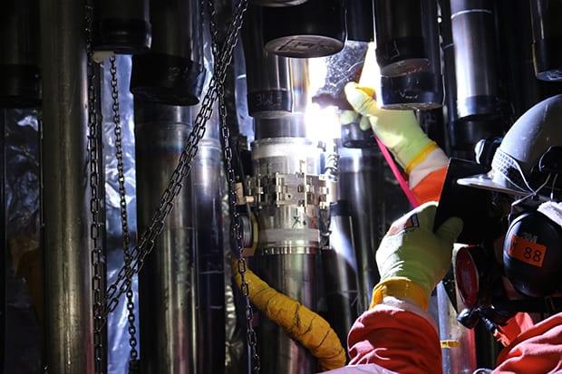 Darlington-nuclear-power-plant-feeder-tube-OPG