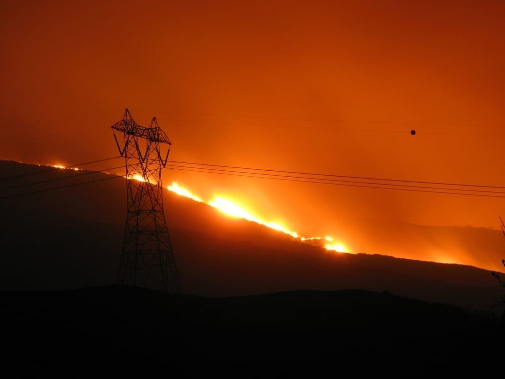 fire threatens utility lines socal october 2007.'