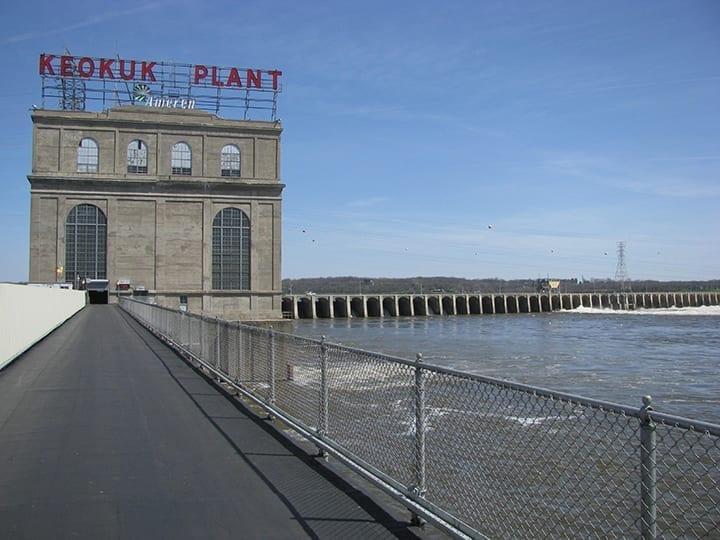 Keokuk-Iowa-hydroelectric-plant-Wartsila